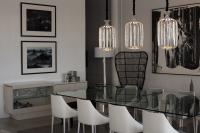 Dining room with classic colors