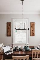 Dining room with natural elements