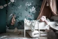 Flower romantic wall with white crib and animal toy