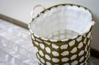 Laundry hamper with pattern